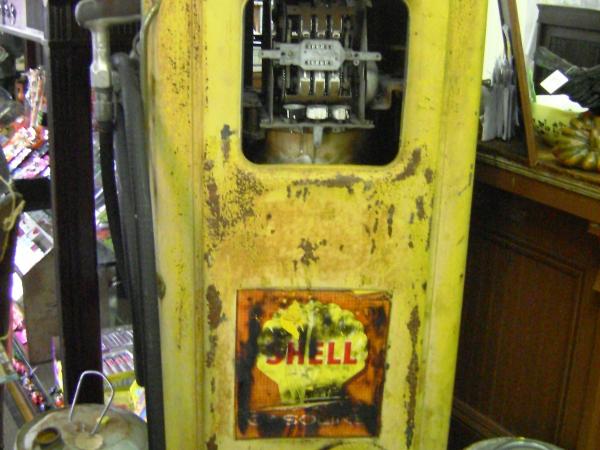 antique vintage shell gas pump yellow cranberry corners gift shop dahlonega