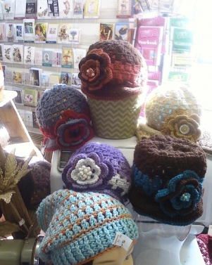 Cranberry Corners Handcrafted Gifts   Crochet Flapper Hats