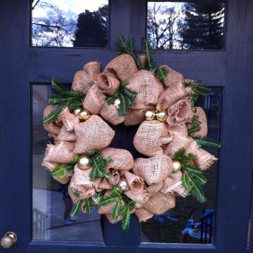 Cranberry Corners Customer Photo | Burlap Wreath for Christmas