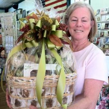 Custom Gift Basket for your Dahlonega Wedding!  North Georgia's Finest